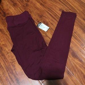 🌺 5/$25 NWT Rue21 Wine Dark Red Leggings